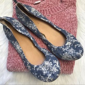 Audrey Brooke Blue floral printed flat shoes 11